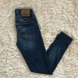 AmericanEagle Outfitters extreme flex skinny jeans